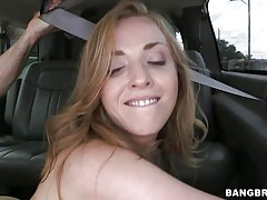 babe fucked in the bus