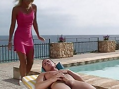 Big titted blondie in a jacuzzi fuck